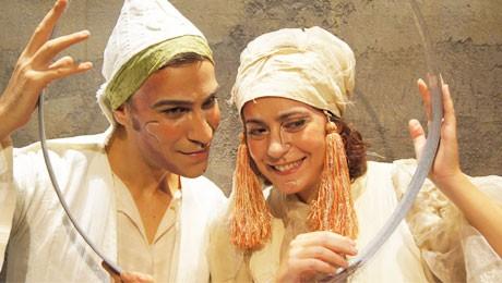 """Τελευταίες παραστάσεις για την """"Κανέλα και το Δυοσμαράκι"""""""