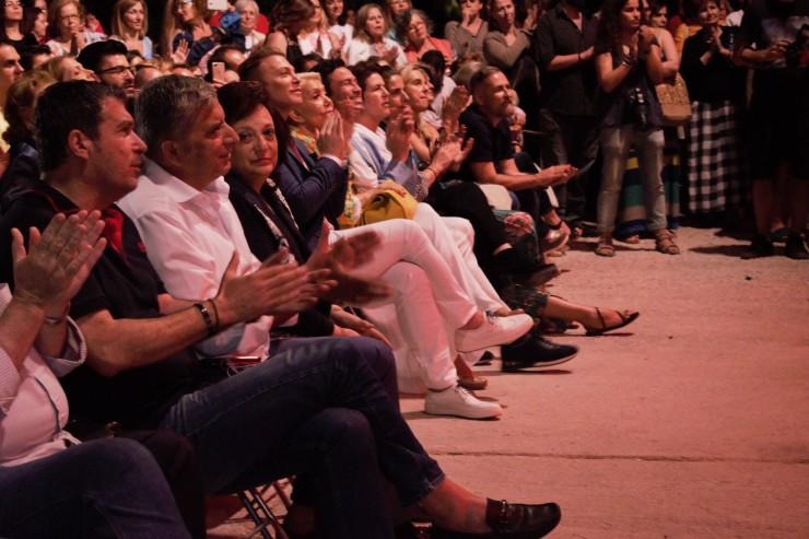 Το κοινό στη συναυλία της Ρεμπούτσικα και του Περρή